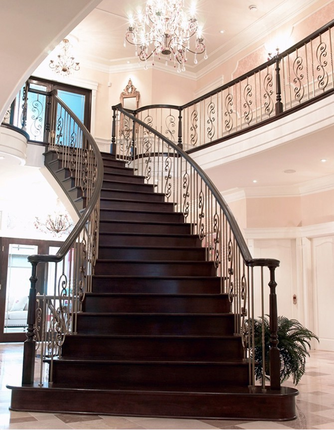 Wood and forged steel staircase B 010