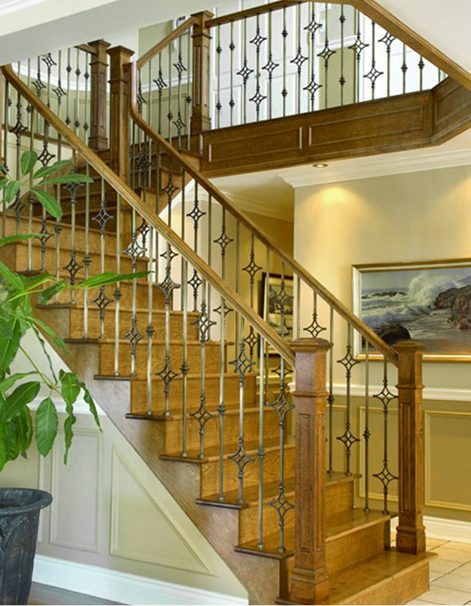 Wood and forged steel staircase T 018